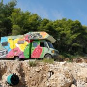 Kick-ass graffitivan full of bright graffiti